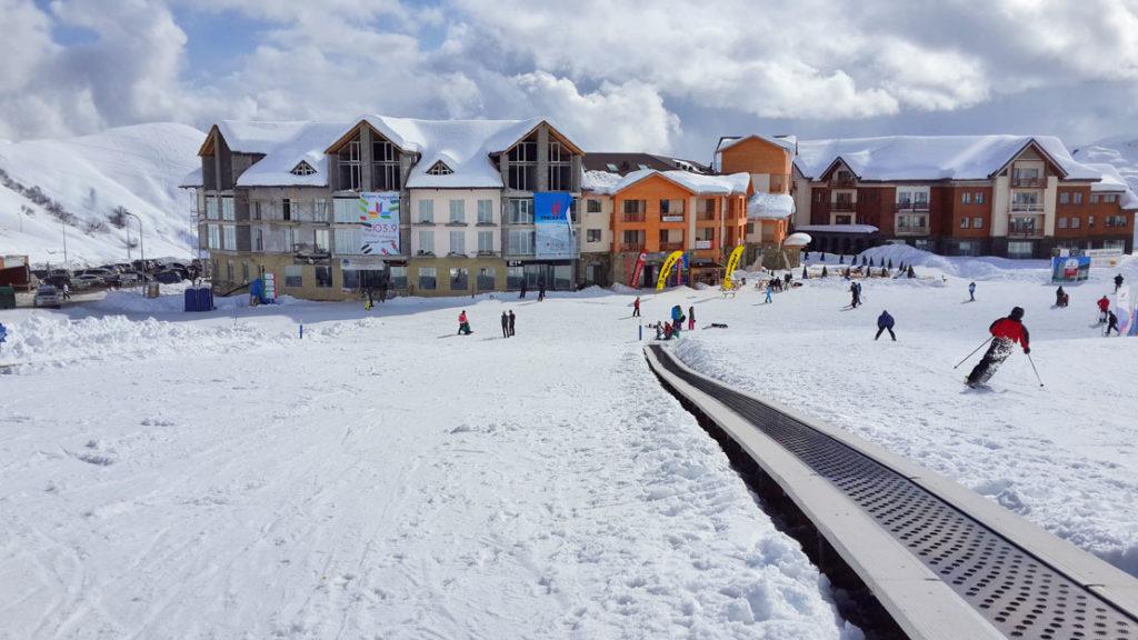 Горнолыжные курорты: топ-5 мест для начинающих экстремалов
