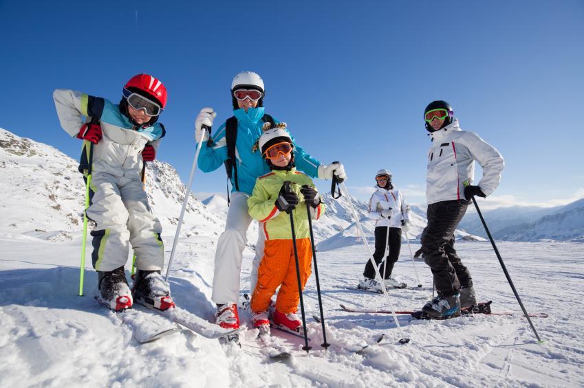 Все на лыжи: куда отправиться с детьми зимой